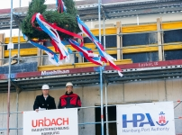 Hamburg celebrates the 'Topping Out' of its first Shore Power Station for Cruise Ships