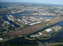 The Port of Hamburg achieves new Record Results at Sea and on Land